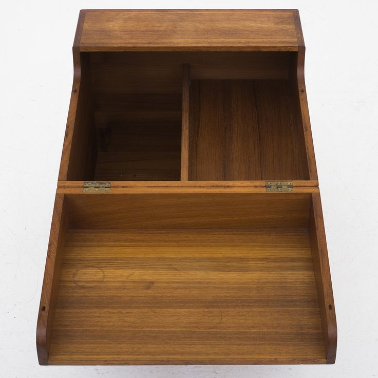 AT 34 - Cube bar in solid teak