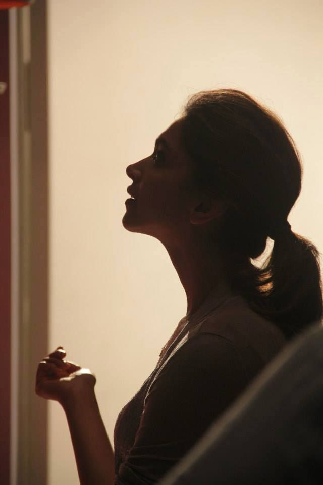Beautiful Silhouette of a beautiful lady...Deepika Padukone