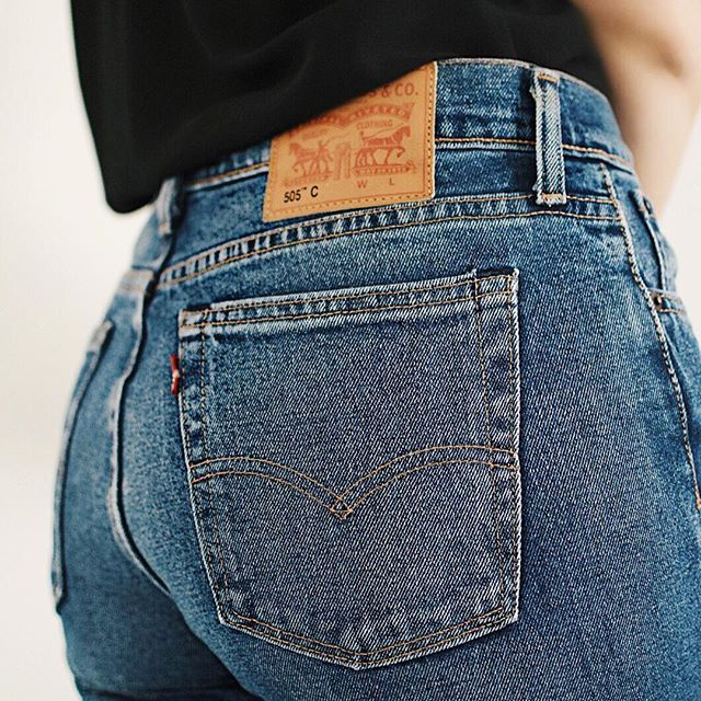 I can totally recommend Levi's jeans This fit is amazing! #levis505 #highwaist #bestbuyever