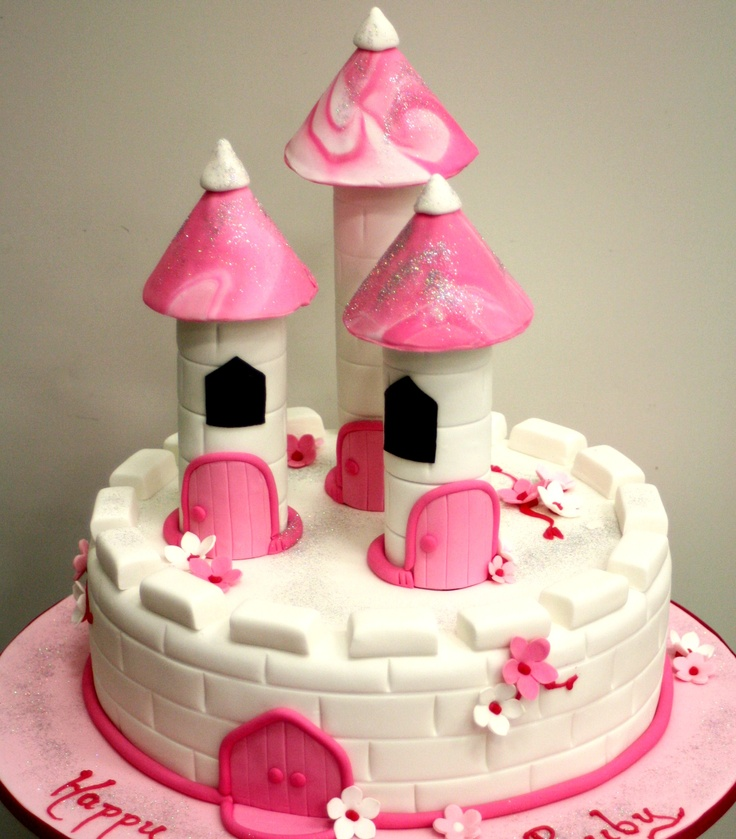 The fantasy of your very own castle cake!
