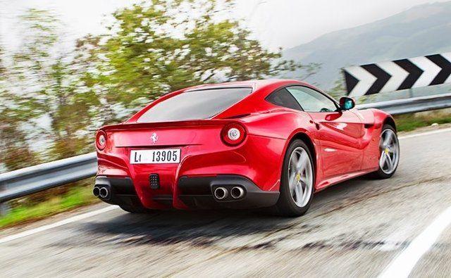 a81becf093b Oakley Design Ferrari F12 Berlinetta