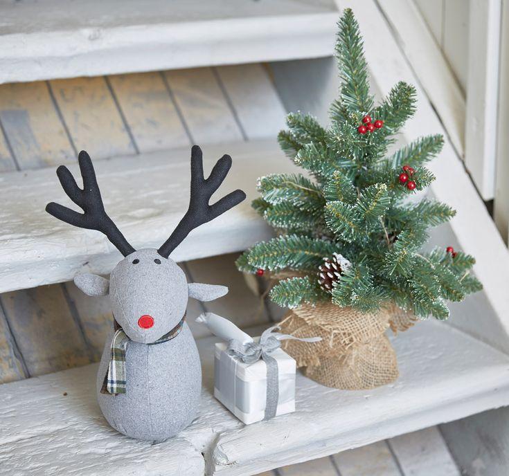 Hyvää Joulua! Askot palvelevat vielä tänään normaalisti. Myymälät ovat suljettuina 23.-25.12. ja avaavat ovensa jälleen 26.12. klo 10! Silloin Askossa tapahtuu! 😉 Rauhaisaa Joulun aikaa!!! 🎄#sisustaminen #askohuonekalut #sisustusidea #sisustusideat #sisustus #style #decoration #homedecor #joulu #joulu2017 #hyvääjoulua #merrychristmas