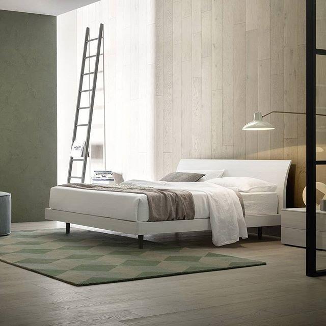 Die besten 25+ modernes Holzbett Ideen auf Pinterest West elm - zirbenholz schlafzimmer modern