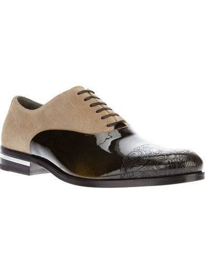 GORGEOUS   Versace men's shoes...love the engraved tooling New Hip Hop Beats Uploaded EVERY SINGLE DAY http://www.kidDyno.com