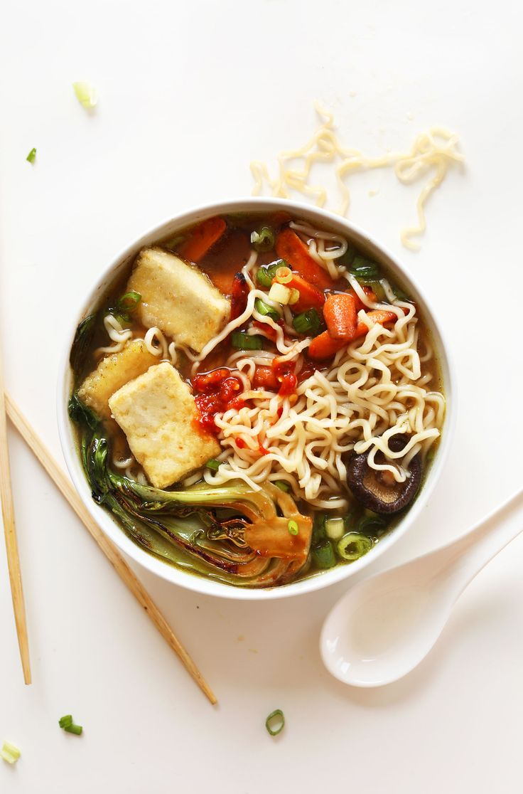 AMAZING Vegan Ramen with just 10 ingredients