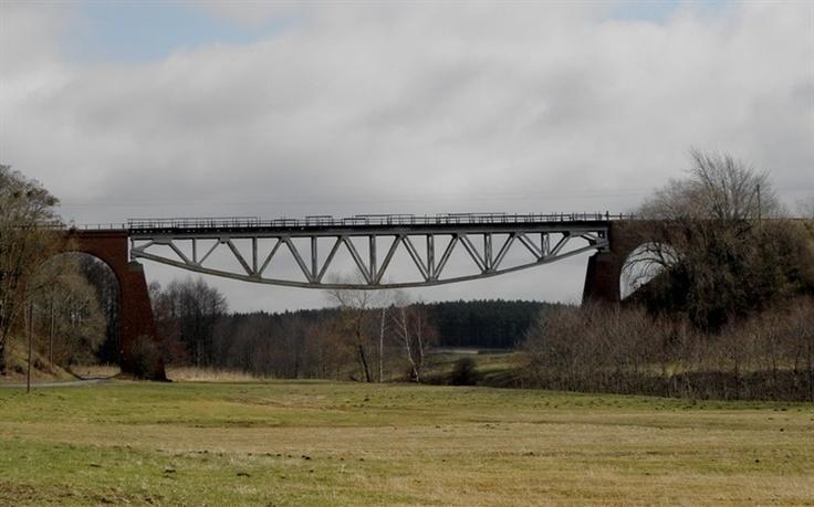 Chrzypsko Małe - ażurowy most nad Oszczynicą  - bakhita