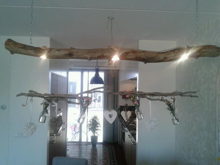 Eet tafel lamp:spotjes in een tak!