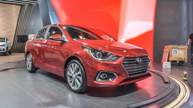 2018 Hyundai Accent Photos, Price and Specs