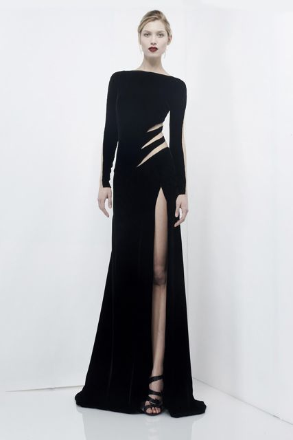 Cut-out puts emphasis on a smaller, sexier waistline.  Nice.  olc