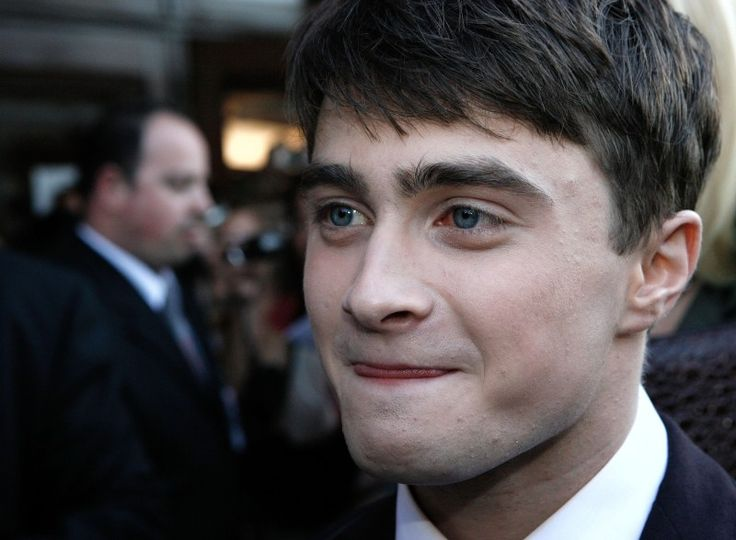 """""""Harry Potter"""" Actor Daniel Radcliffe Talks About Alcohol Addiction And Recovery"""