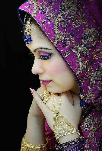 Sari Face