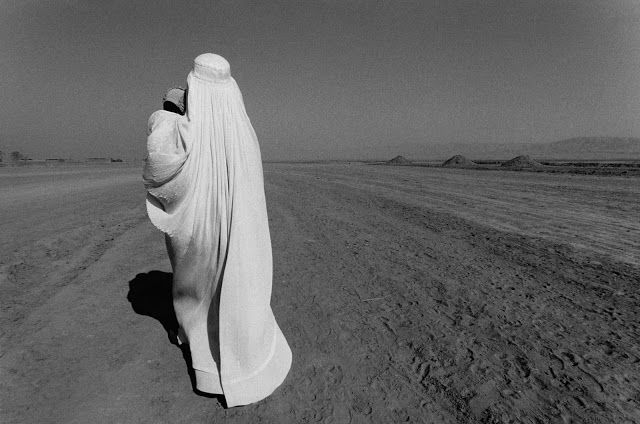 anthony luke's not-just-another-photoblog Blog: Photographer Seamus Murphy ~ A Darkness Visible: Afghanistan