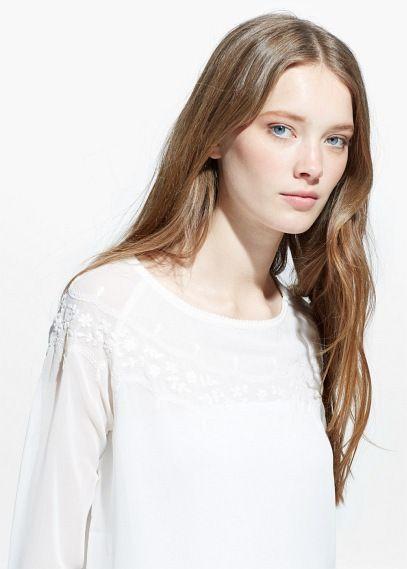 Blusa bordado flores - Camisas de Mujer | OUTLET