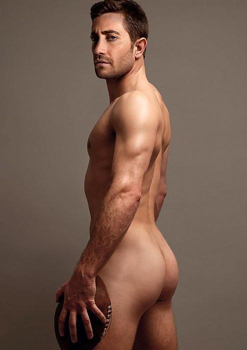 jake gyllenhaal naked at urinal