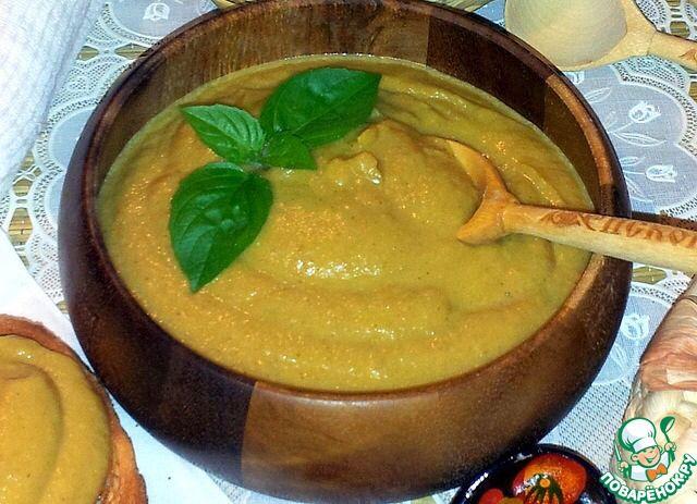 Овощное пюре от Синди Кроуфорд:  1) батат (сл. картофель) -150гр., или тыква - отварить 2) брокколи - 150гр. или цветная капуста -отварить 3) шпинат свежий - 100гр. - обдать кипятком 4) нежирный йогурт - мах 2,5 5) 7 темных изюминок, предварительно замоченных > Хорошо для кожи, ногтей; кровотворения - 2-3-4 раза в неделю