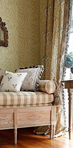 Gustavian sofa, gingham checks and beautiful wallpaper and draperies.