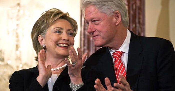 """Cosmo Magazine Calls Bill And Hillary Clinton """"Good Marriage Role Models"""" REALLY??????ARE YOU KIDDING ME??? THEY'RE JUST PARTNERS IN CRIME, IF THEY GET DIVORCED, THEY WOULD HAVE TO TESTIFY AGAINST EACH OTHER."""