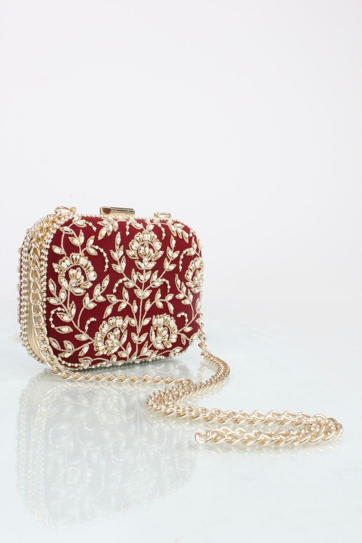 blingy dreamy collection of essential from Malasa is now available at www.perniaspopupshop.com #Clutch #bling #festive #wedding #floral #malasa #shopnow #perniaspopupshop #happyshopping
