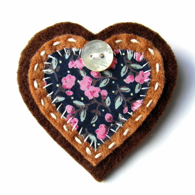 Heart Brooch or Bag Charm - Felt - Brown, Blue and Pink Floral - Christmas £5.95