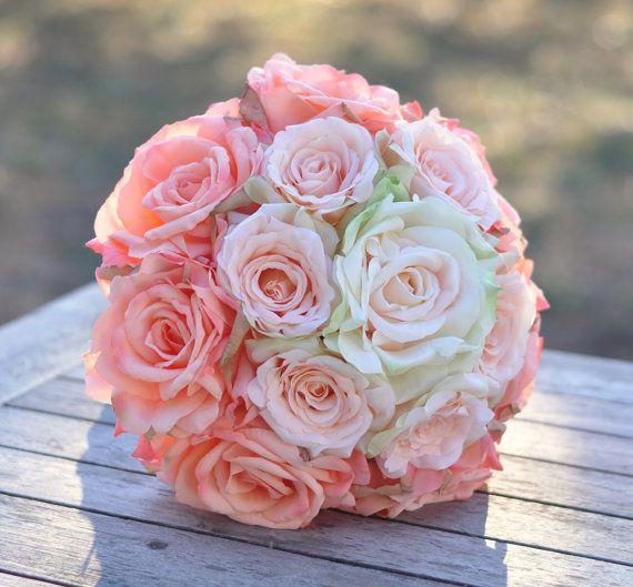 Peach Rose Ombré Bouquet da sposa rosa pesca di Hollysflowershoppe