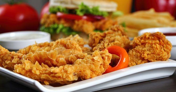 Poitrines de poulet enrobées d'une pâte croustillante...une recette épatante - Recettes - Recettes simples et géniales! - Ma Fourchette - Délicieuses recettes de cuisine, astuces culinaires et plus encore!