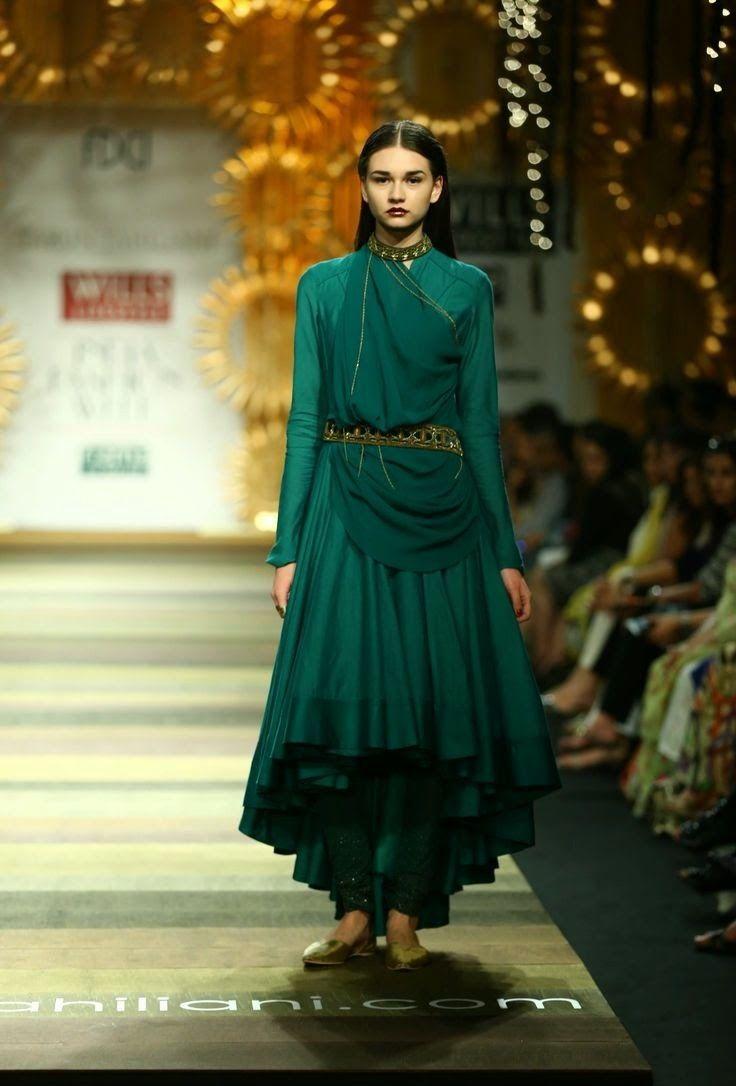 Indian fashion couture. WIFW AW 2014: Tarun Tahiliani