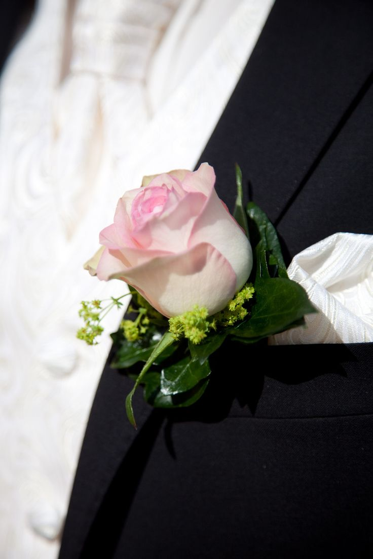 13 besten Anstecker für Bräutigam Brautvater Trauzeuge