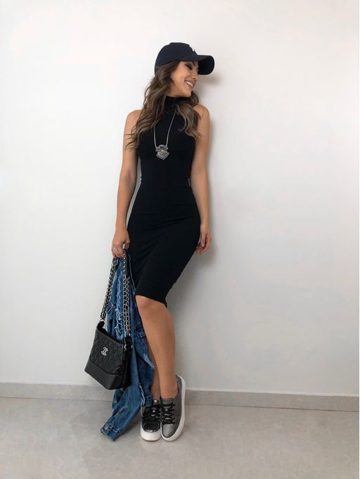 9709f10814c7 Vestido-Crys-Preto | Guarda Roupa em 2019 | Looks femininos, Looks ...