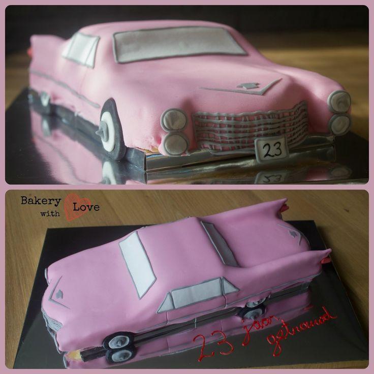Voor een '23 jaar getrouwd' feestje deze taart mogen maken, de trouwauto van het huwelijk destijds: een roze cadillac! Heel spannend om te maken, omdat het mijn eerste 3D taart was en meteen een auto