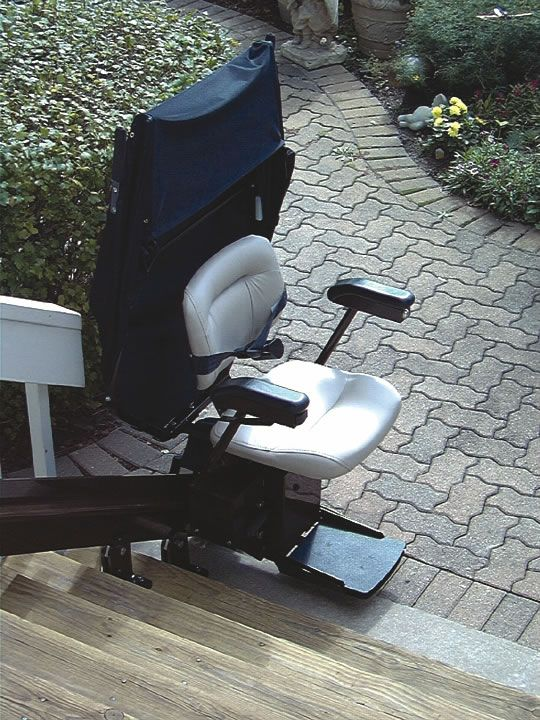 Brunou0027s Electra Ride Elite Outdoor Stair Lift Is Reliable, Safe, Durable  And Designed