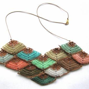 megaprism necklace
