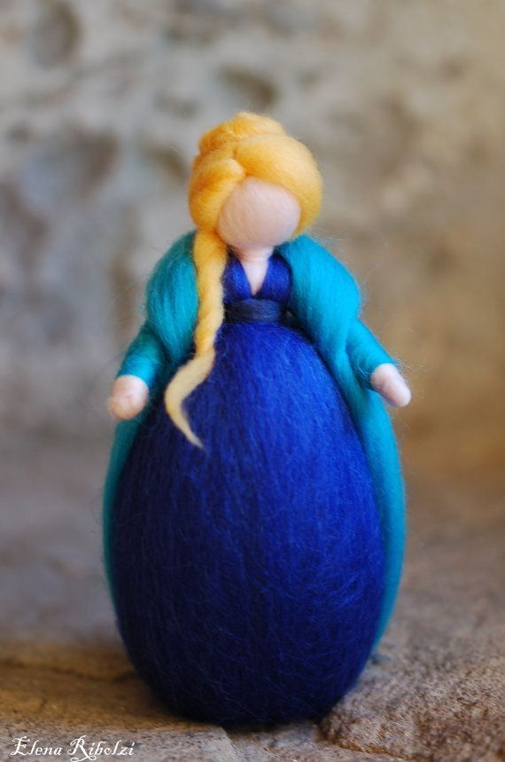 Meg, in lana fiaba ispirazione Waldorf