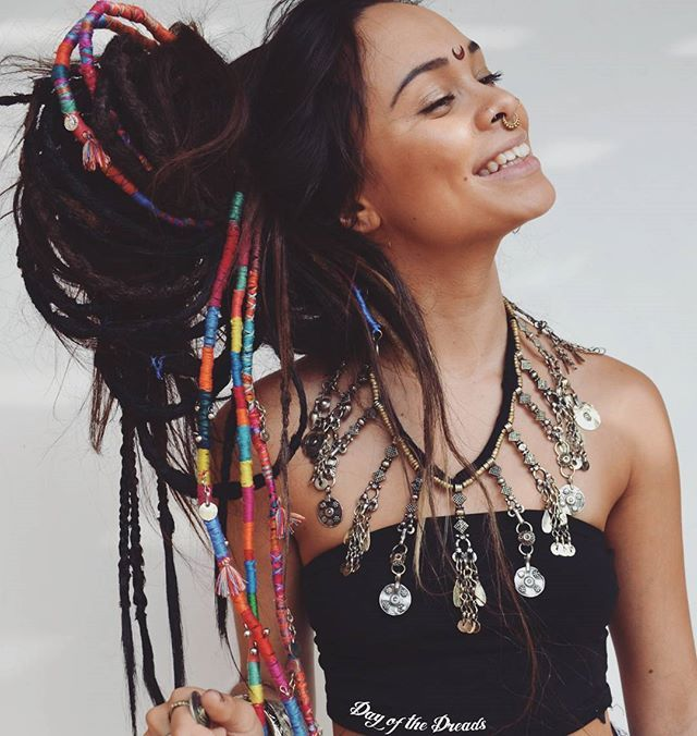 The beautiful @amytheflower wearing our Dark Brown Temp  Dreads                                                                                                                                                                                 More