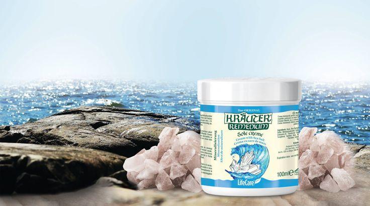 Ingrijeste-ti pielea cu darurile naturale din adancul Oceanului Atlantic! Foloseste crema cu saruri minerale, de la Kräuter®, un produs ce contine 30% saruri minerale care hidrateaza intens pielea si ii confera un aspect ferm si neted. Comand-o de aici: http://life-care.com/produs/Crema-cu-saruri-minerale-Kr%C3%A4uter%C2%AE-4102/K04Z/RO/?itemID=17729