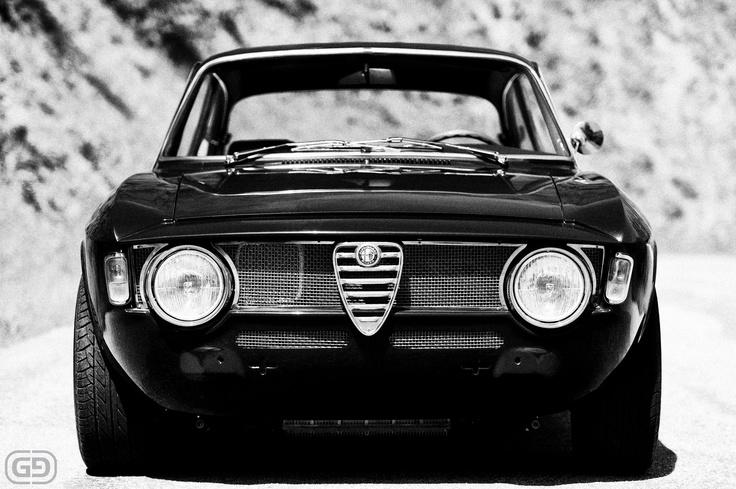 1967 Alfa Romero Guilia Sprint GT Veloce ©Gamma Nine Photography