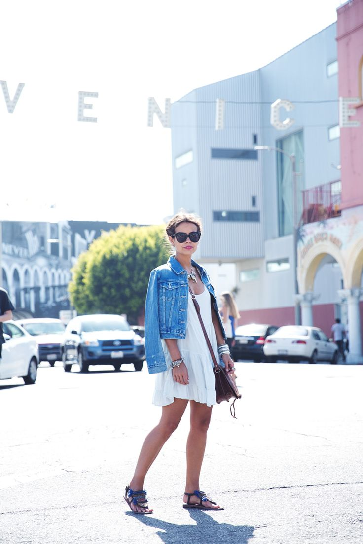 Venice_Beach-California-Road_Trip-Open_Back_Dress-Brandy_Melville-Street_Style-16