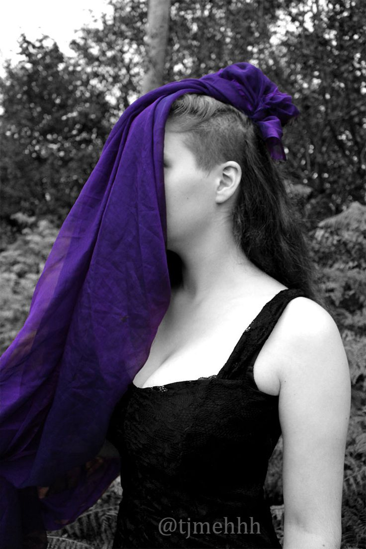 Really like this colour splash effect on here #colousplash #colour #splash #purple #black #white #effects #photoshop #photography #dress #dark #tress #cover #sheet #tjmehhh