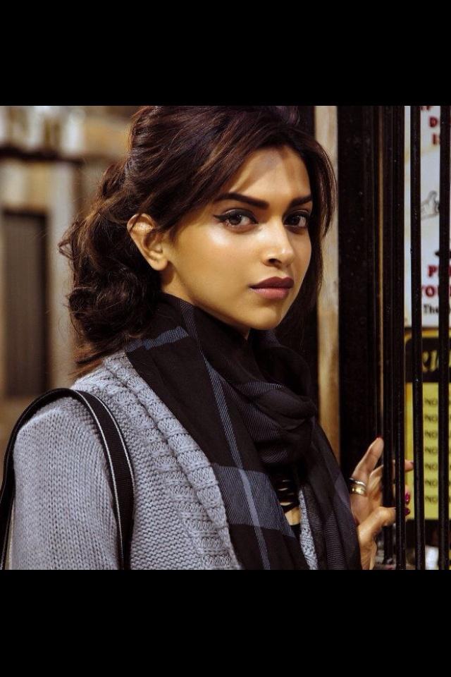 'Cocktail' still #Deepika Padukone