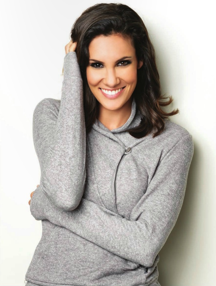 Regard Magazine, December 2012. Credit: Daniela Ruah Fans