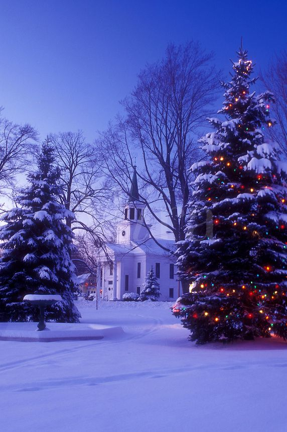 Church in winter church scenes pinterest for Outdoor christmas scenes