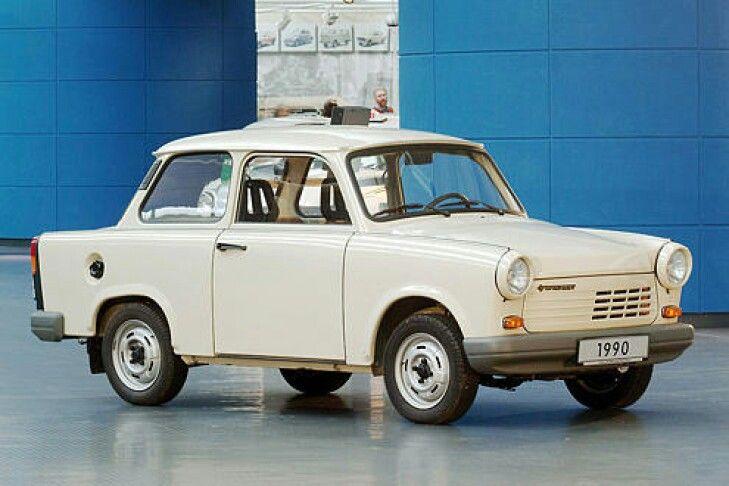 Als der Trabant mit dem 1,1-Liter-Motor aus dem VW Polo 86C serienreif war, war die DDR kurz vor dem Ende, zudem wollte kaum jemand den ab Mai 1990 gebauten viertaktenden Trabant 1.1 kaufen.