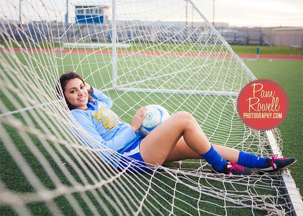 Senior Photography Poses for Girls - Photo by Pam Rowell sports photography, #photography #sports