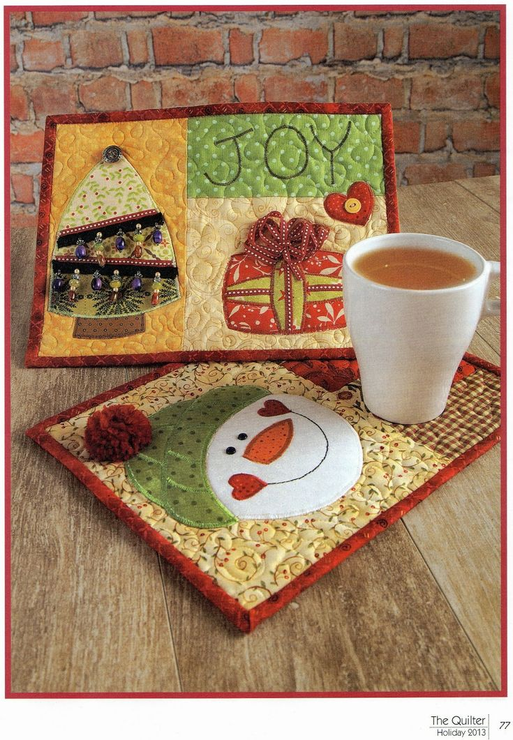 Christmas Mug Rugs.....love these....make the gingerbread man one to go along with these to make a set....soooo cute....