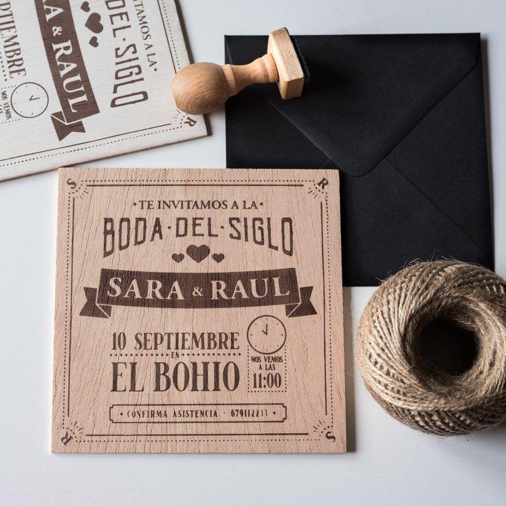 Invitaciones de madera personalizadas.  Escríbenos a hola@happytime.es