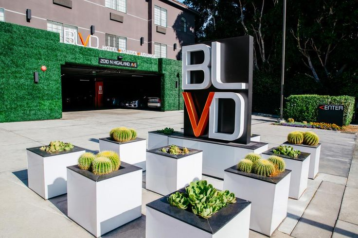 Booking.com: The BLVD Hotel & Suites , Los Angeles, USA  - 189 . Book your hotel now!