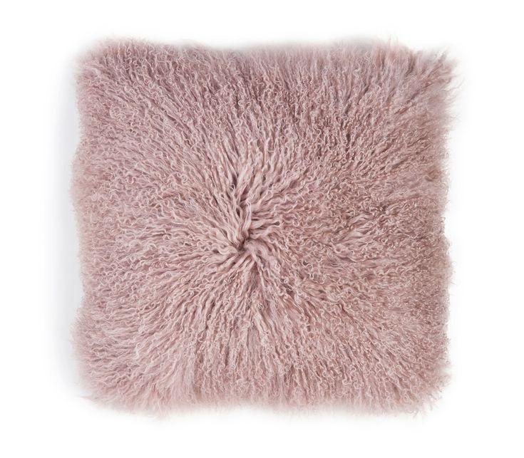 #sicis #sicishomecollection #sicishome #furniture #furnituredesign #furnitureideas #luxuryfurniture #home #homedecor #homedecorideas #homedesign #designinspiration #livingroomideas #livingroomdecor #luxury #cushion #pink