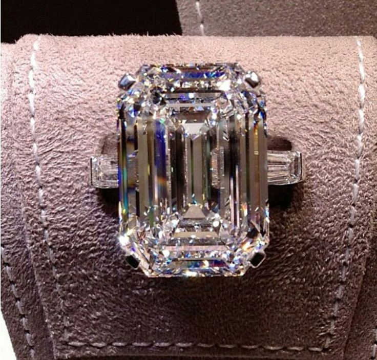 33 carat flawless Graff diamond ring ~ Instagram. In love. Amazing.