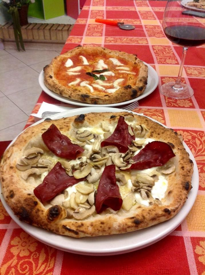 #Pizzparty with #ZioCiro #SubitoCotto for the epiphany's witch #party