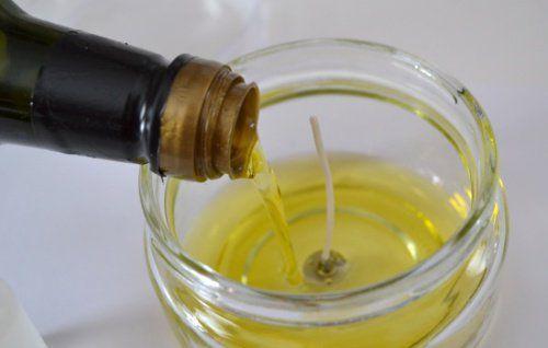 zuzyty-olej-swiece.jpg