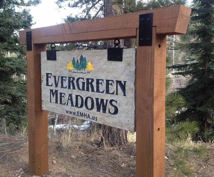 Outdoor Business Signs, Evergreen & Genesee, CO : Zuni Signs